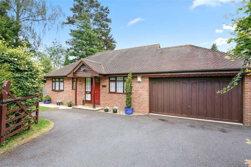 3 Bedrooms Detached House for sale in Manor Road, Penn, Buckinghamshire, HP10