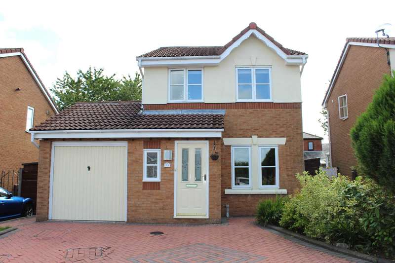 3 Bedrooms Detached House for sale in Balmore Close, Bolton