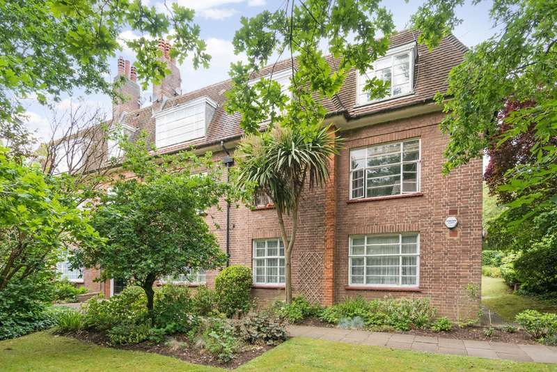 3 Bedrooms Flat for sale in Falloden Court, Brookland Rise
