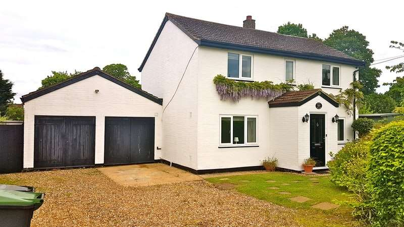 3 Bedrooms Detached House for sale in Upper Green, Bury St. Edmunds, Suffolk, IP30
