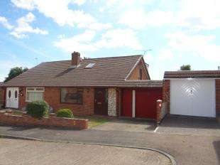 3 Bedrooms Bungalow for sale in Well Close, Sturry, Canterbury, Kent