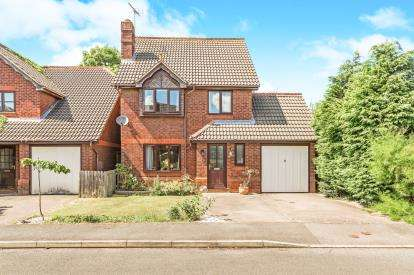 3 Bedrooms Detached House for sale in Woburn Close, Banbury, Oxfordshire