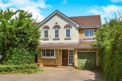 4 Bedrooms Detached House for sale in Honiton Court, Wavendon Gate, Milton Keynes