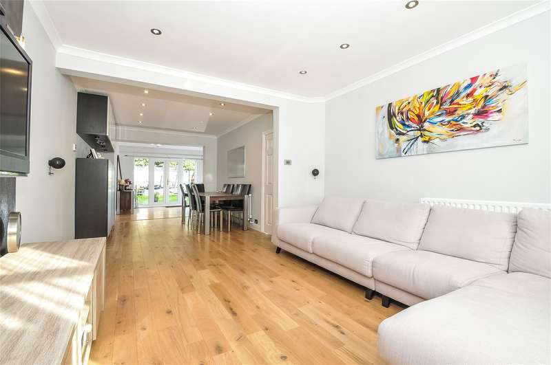 3 Bedrooms Semi Detached House for sale in The Fairway, South Ruislip, Middlesex, HA4