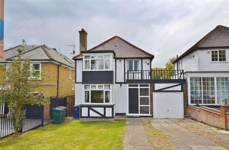 4 Bedrooms Detached House for sale in Barnet Gate Lane, Arkley, Hertfordshire, EN5