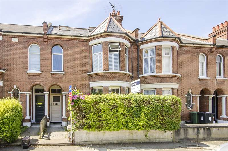 2 Bedrooms Flat for sale in Glenfield Road, London, SW12
