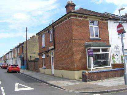 3 Bedrooms End Of Terrace House for sale in Southsea, Hampshire