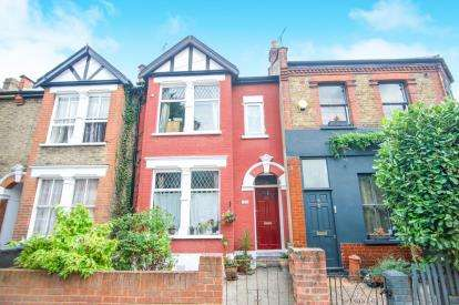 3 Bedrooms Terraced House for sale in Belton Road, Bruce Grove, Tottenham, London