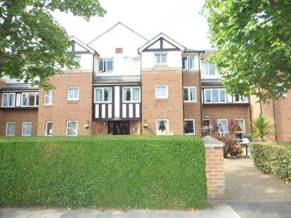 1 Bedroom Flat for sale in Stirling Court, St. Clair Road, Churchtown, Southport, PR9