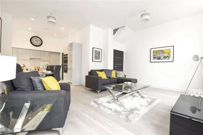 2 Bedrooms Flat for sale in 6 Huntley Close, London, SE10