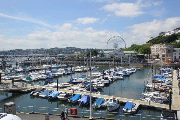 3 Bedrooms Flat for sale in Victoria Parade, Torquay, Devon