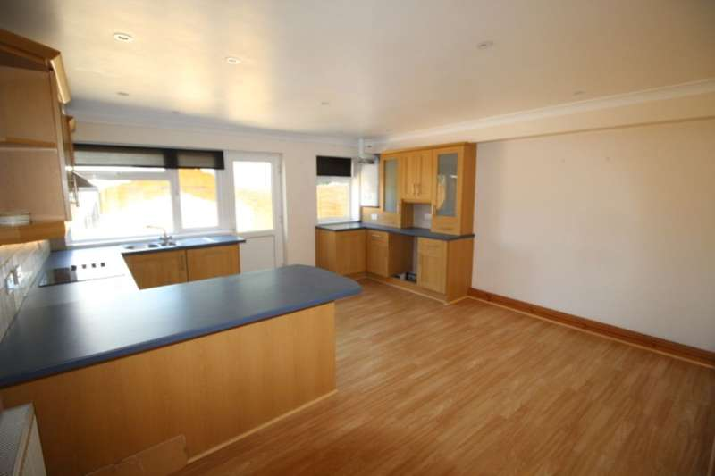 3 Bedrooms Property for sale in Pengegon Moor, Pengegon, Camborne, TR14