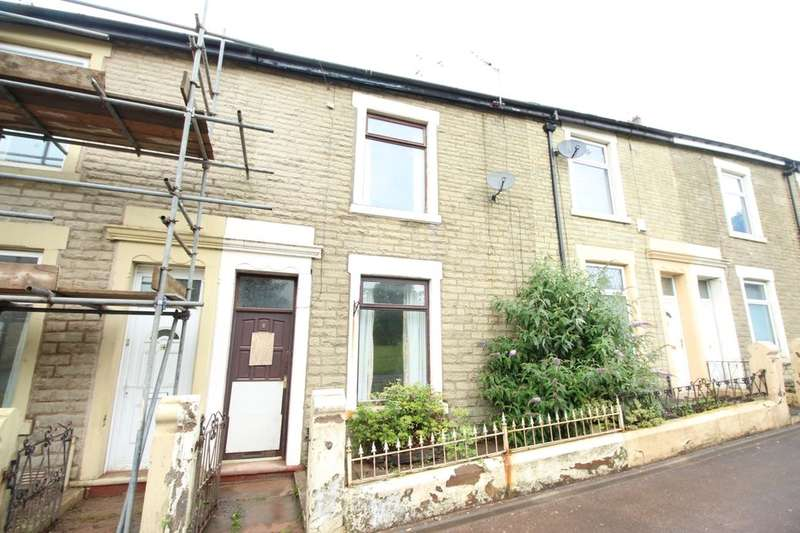 2 Bedrooms Property for sale in Winterton Road, Darwen, BB3