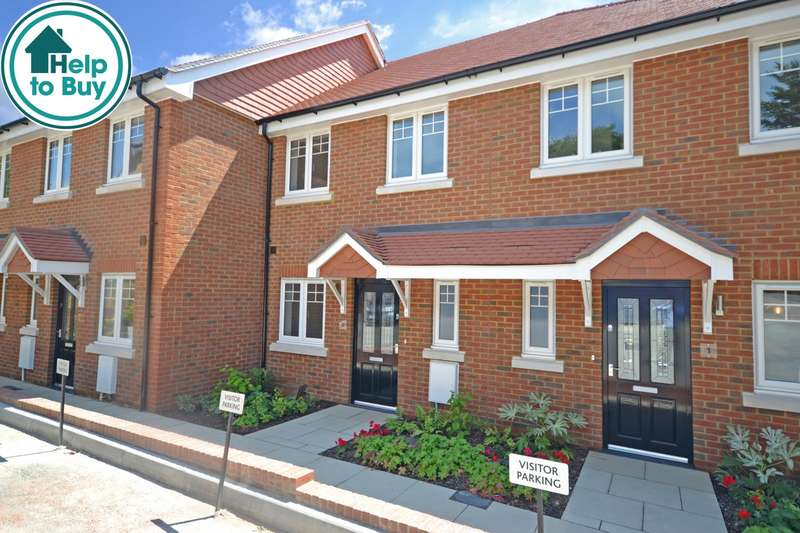 2 Bedrooms House for sale in Bartram Close, Pulborough, West Sussex, RH20
