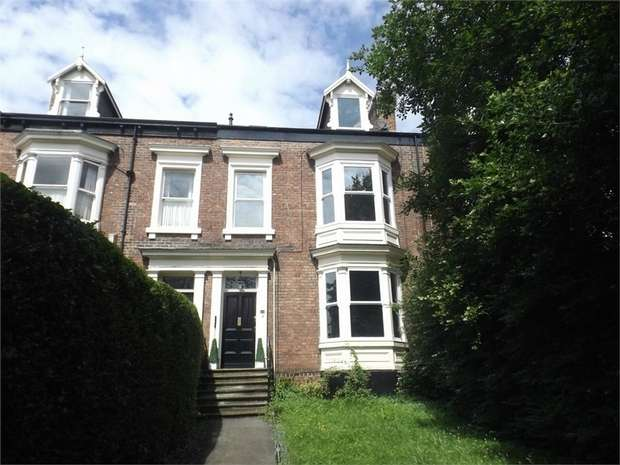 6 Bedrooms Terraced House for sale in Thornhill Gardens, Sunderland, Tyne and Wear