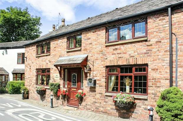 4 Bedrooms Cottage House for sale in Medlock Road, Failsworth, Manchester, Lancashire