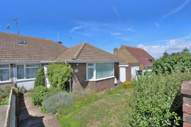 4 Bedrooms Semi Detached Bungalow for sale in Ditchling Crescent Brighton