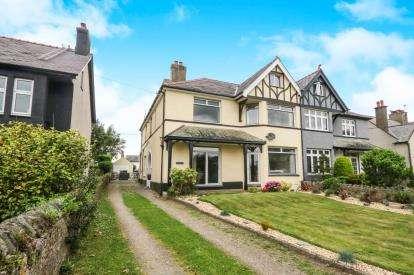 6 Bedrooms Semi Detached House for sale in Rhodfa'r Mor, Nefyn, Pwllheli, Gwynedd, LL53