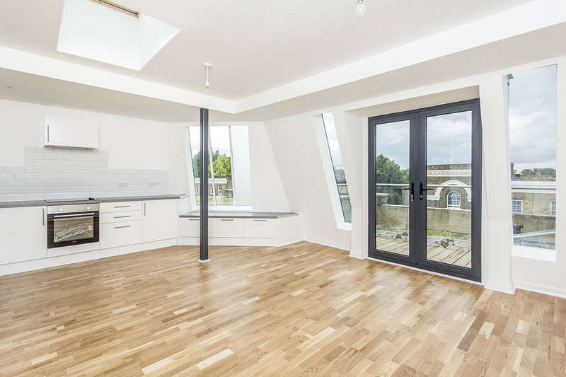 2 Bedrooms Flat for sale in Casey Court Besson Street, New Cross, London, SE14