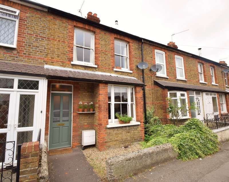 3 Bedrooms Terraced House for sale in St Lukes Road, Old Windsor, SL4
