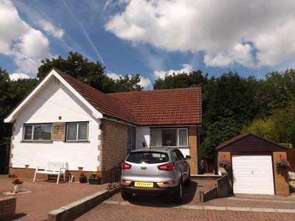 4 Bedrooms Detached House for sale in Pope Walk, Penwortham, Preston, PR1
