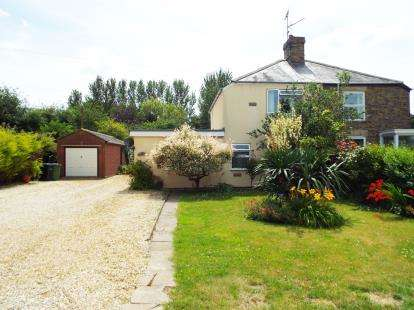 3 Bedrooms Semi Detached House for sale in Walton Highway, Wisbech, Norfolk