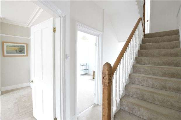 4 Bedrooms Terraced House for sale in St. Thomass Road, HASTINGS, East Sussex, TN34 3LD