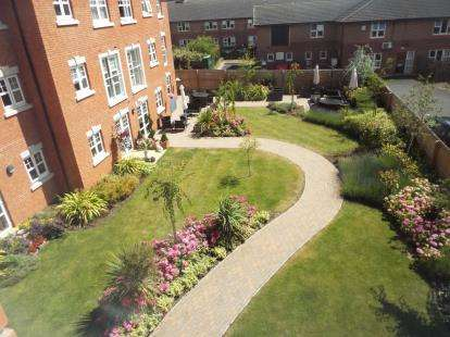 1 Bedroom Flat for sale in Dugdale Court, Coventry Road, Coleshill, Birmingham
