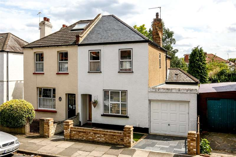 3 Bedrooms Semi Detached House for sale in Broad Lane, Hampton, TW12