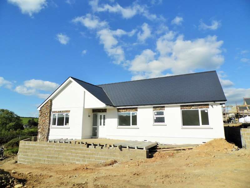 3 Bedrooms Bungalow for sale in Adj Ty Gwyn, Llanllwni, Carmarthenshire, SA40