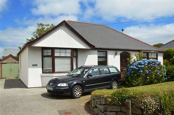 4 Bedrooms Bungalow for sale in MABE BURNTHOUSE
