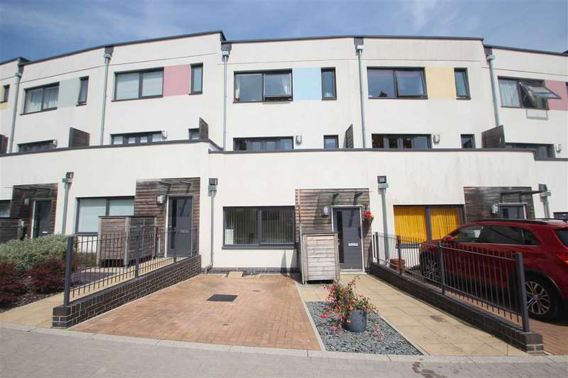 4 Bedrooms Town House for sale in Jade Gardens, Mile End, Colchester