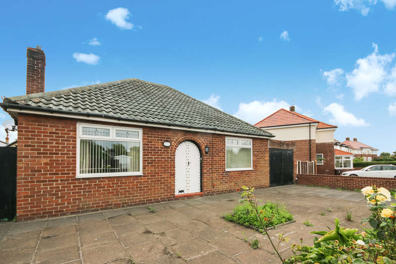 2 Bedrooms Detached Bungalow for sale in The Causeway, Crossens, Southport