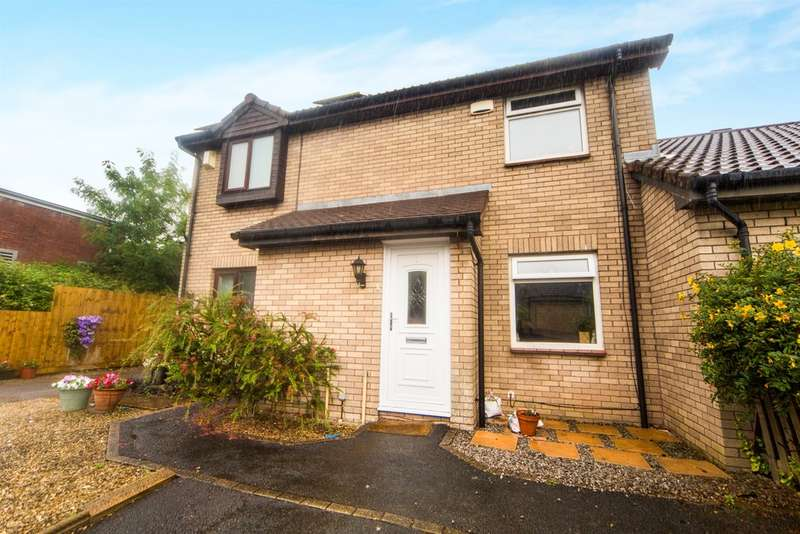 2 Bedrooms Semi Detached House for sale in Garrick Drive, Thornhill, Cardiff