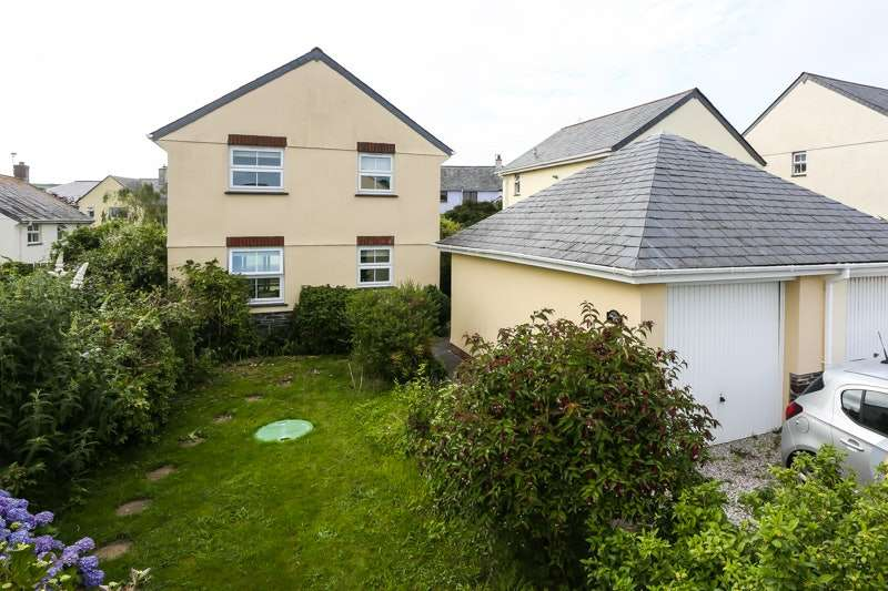 3 Bedrooms Detached House for sale in The Meadows, St Teath, Cornwall, PL30
