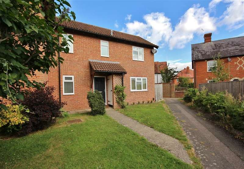3 Bedrooms Semi Detached House for sale in Warmans Close, Wantage, OX12