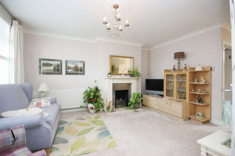 2 Bedrooms End Of Terrace House for sale in Flag Walk, Pinner
