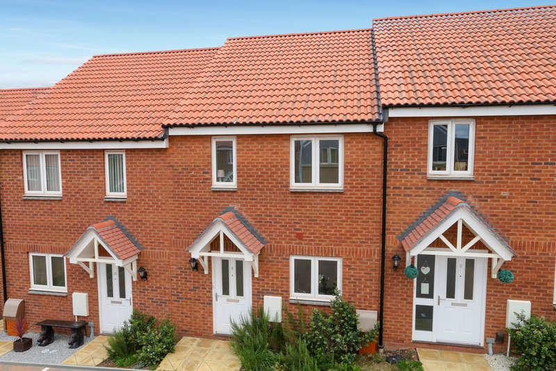 2 Bedrooms Terraced House for sale in Morgan Sweet, Cranbrook