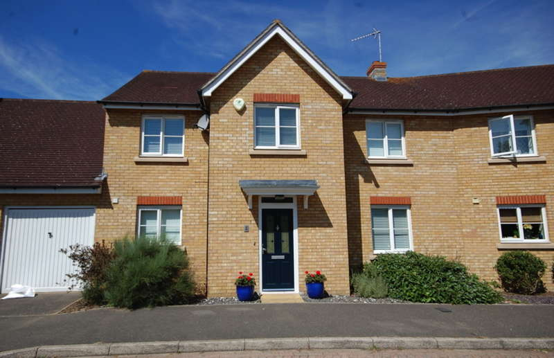 4 Bedrooms Link Detached House for sale in Braganza Way, Beaulieu Park, Springfield, Chelmsford, CM1