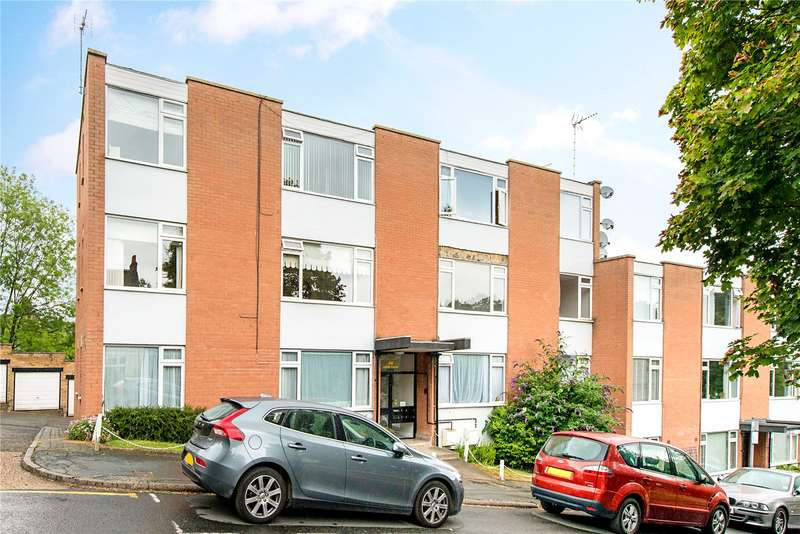 2 Bedrooms Flat for sale in Swan Court, Shire Lane, Chorleywood, Rickmansworth, WD3