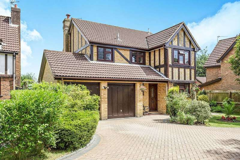 4 Bedrooms Detached House for sale in Loxwood Road, Waterlooville, PO8