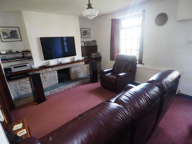 2 Bedrooms Semi Detached House for sale in Chapel Road, Hayfield, High Peak, Derbyshire, SK22 2JF