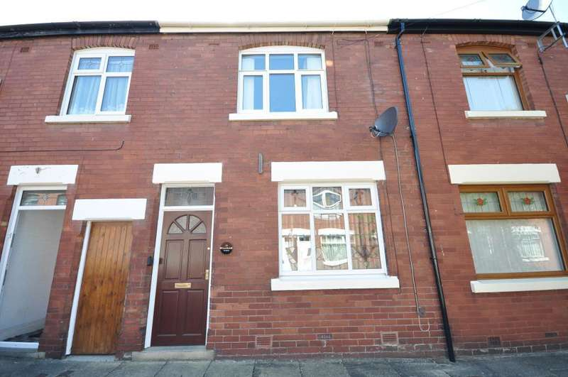 2 Bedrooms Terraced House for sale in Greenbank Avenue, Ashton, Preston, Lancashire, PR1 7QB