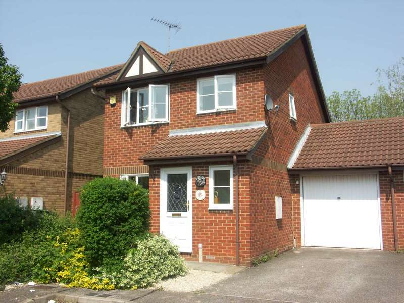 3 Bedrooms Detached House for sale in Bulfinch Gardens, Aylesbury