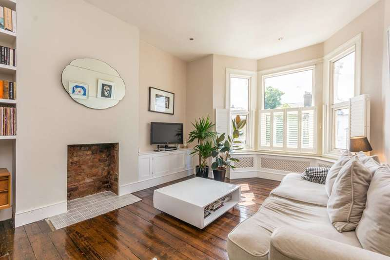 3 Bedrooms Flat for sale in St Kildas Road, Stoke Newington, N16