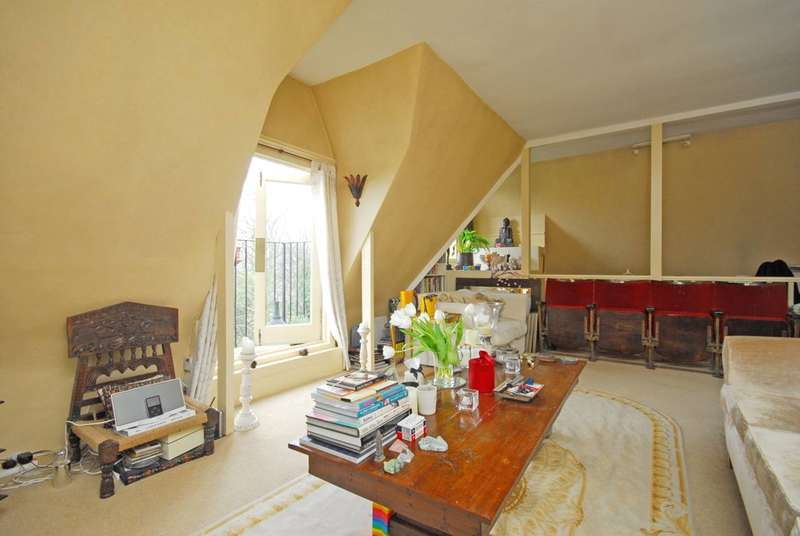 1 Bedroom Flat for sale in Crescent Road, Crouch End, N8