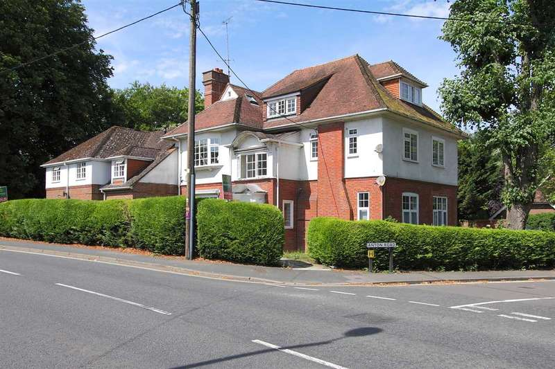 1 Bedroom Apartment Flat for sale in Digby Croft, Winchester Road, Andover