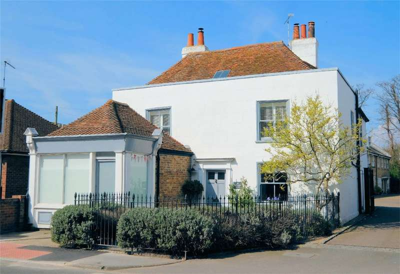 4 Bedrooms Detached House for sale in Canterbury Road, WHITSTABLE, Kent