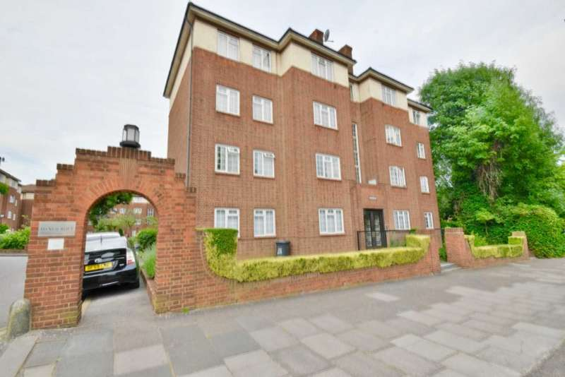 2 Bedrooms Apartment Flat for sale in Danescroft, Brent Street, Hendon