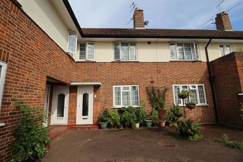 2 Bedrooms Flat for sale in Greenview Court, Ashford, TW15